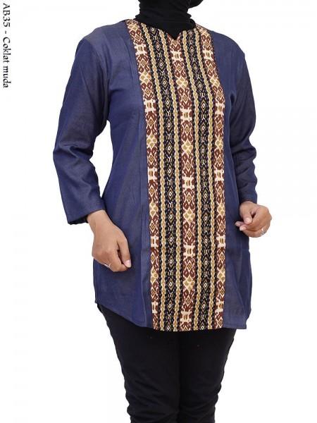 AB35 Blouse Denim Batik