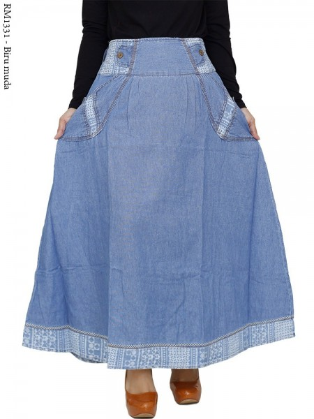 RM1331 Rok Jeans Payung List Songket