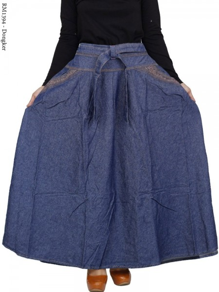 RM1394 Rok Jeans Jumbo Payung