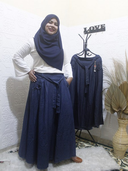 RM1498 Rok Jeans Jumbo Payung